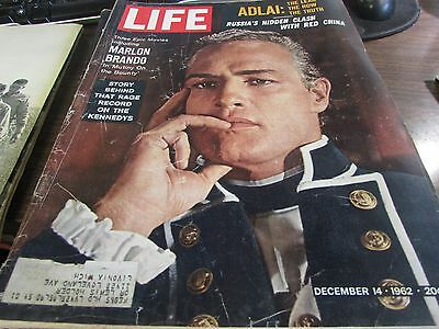 VINTAGE LIFE - DECEMBER  14th 1962 - MARLON BRANDO - GREAT ADS   - VG