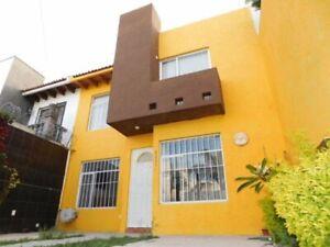 Casa  venta Queretaro  La joya recamara planta baja cerca de Hospital General Jardines de la Haciend