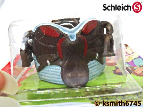 NEW Schleich CAYENNE SADDLE /& BRIDLE plastic toy farm pet animal horse blue