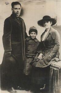 Sacco-et-Vanzetti-Nicola-Sacco-Family-1919-Agence-Trampus