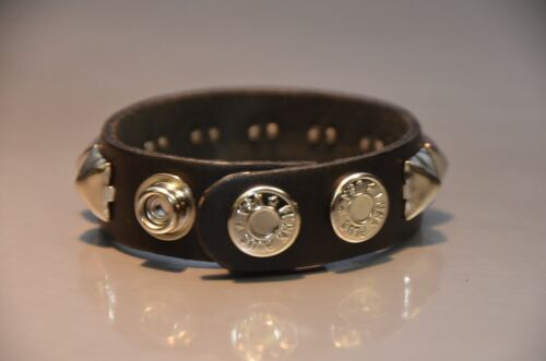Single Row Silver Pyramid Stud Punk gothique bikers Métal Cuir Véritable Bracelet