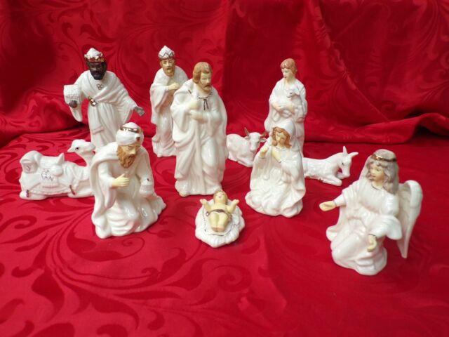 White Ceramic Manger Figurines * set of 11 Nativity Ceramic Manger Figurines