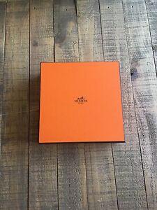 "HERMES PARIS ORANGE EMPTY GIFT BOX 8.5"" X 8.5""X 2.5"" WITH TISSUE PAPER EUC"