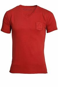 80677d80af9c7e Police 883 Men s Showtek Red T-Shirt. Size – 3 (Medium). BNWT.