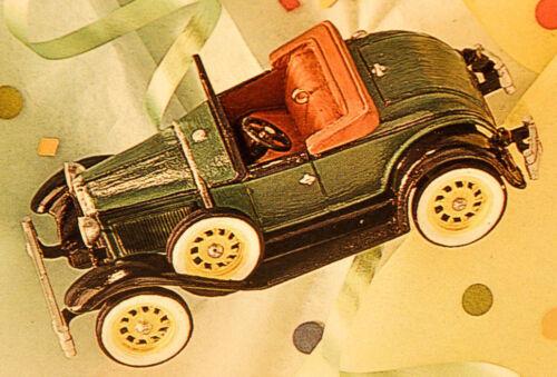 Hallmark 1931 Ford Model A Roadster Vintage Roadster Series Ornament