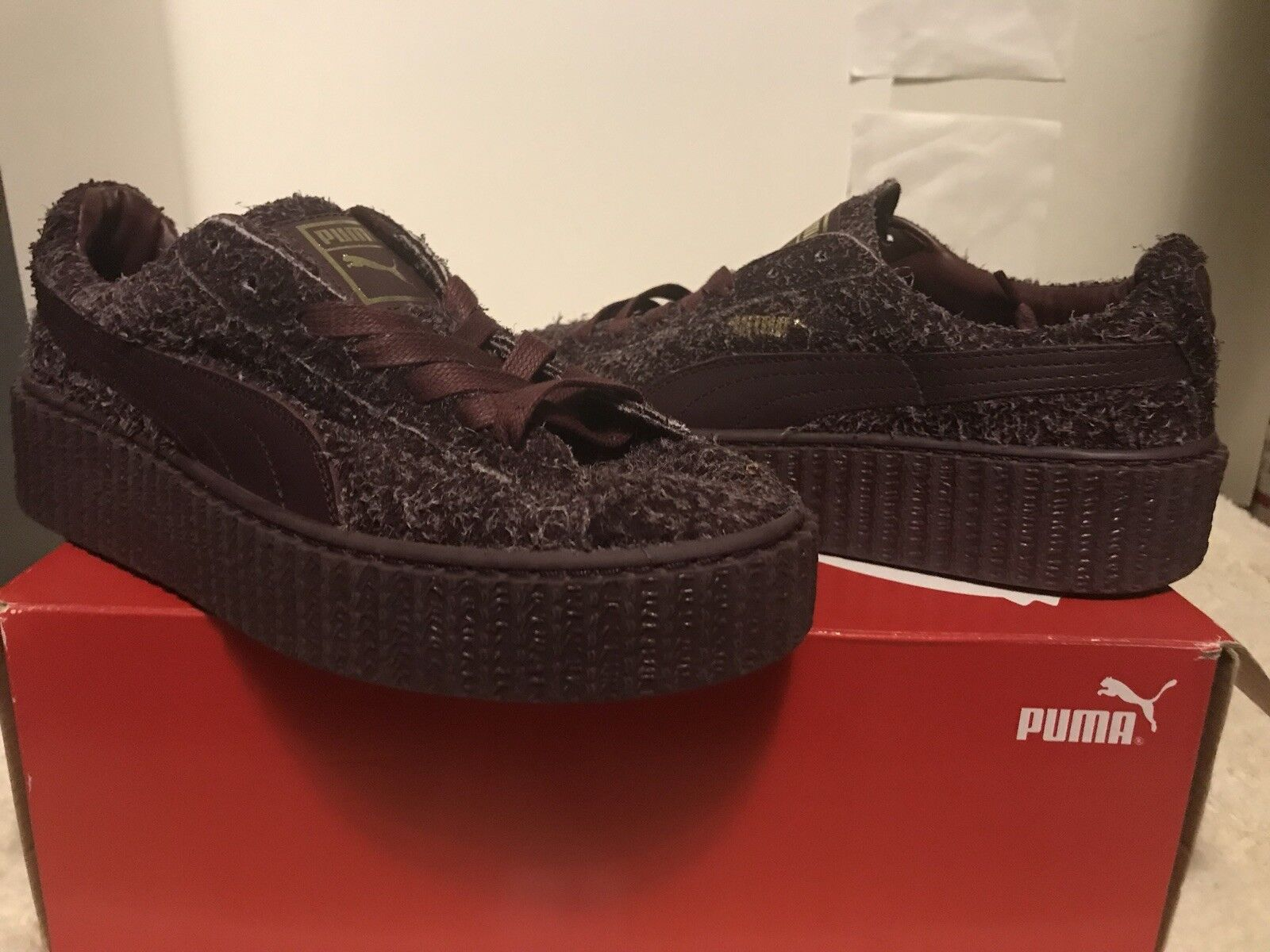 PUMA WOMENS CREEPERS   SIZE 7 WINE