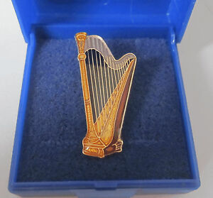 Harp-Pin-Badge-Brooch-Lapel-Concert-Player-Harpist-Celtic-Folk-GIFT-BOXED
