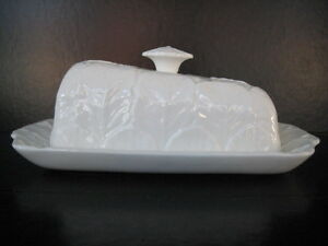 COALPORT-COUNTRYWARE-WEDGE-SHAPE-CHEESE-BUTTER-DISH-WHITE-CHINA-WEDGWOOD-CABBAGE