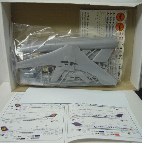 BPK Bombardier CRJ 100 NEUHEIT Delta Connection Plastikmodell 1:72 LH