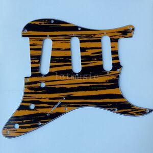 3-Ply-11-Loch-gelb-blaesslich-SSS-verdrehte-fuer-Fender-Strat-Electric-Guitar-Parts