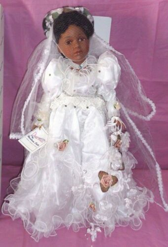 """D20-326 China 20/"""" BLACK BRIDE DOLL w// STAND DUCK HOUSE HEIRLOOM BELLA"""