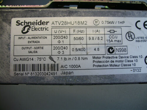 Telemecanique Altivar ATV28HU18M2 Transistor Frequenzumrichter 1PH 200//240V 0,75