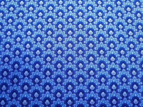 Timeless Treasures Dutchess Blue Silver AQUA Fleurs Craft Quilt Tissu de coton