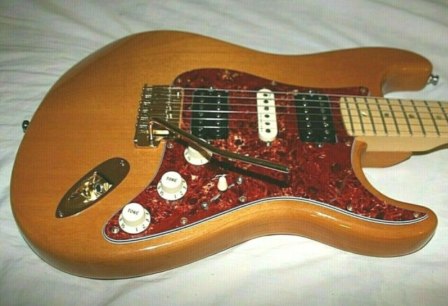 2004 Fender American Deluxe Stratocaster   U0026gt  Hsh With 19