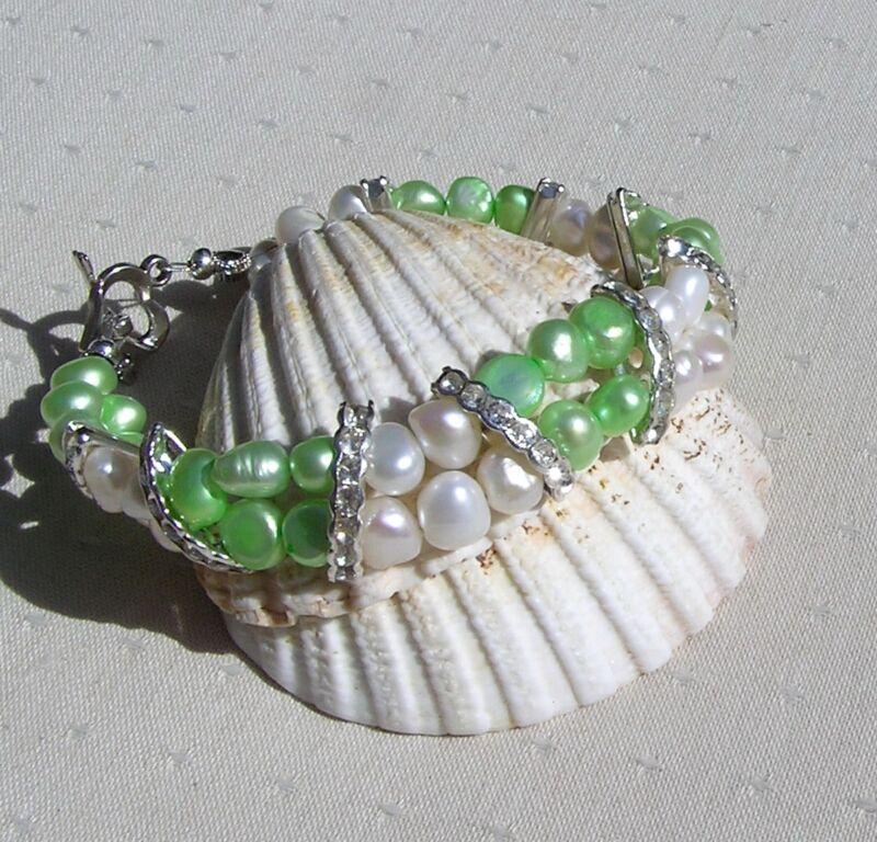 """Apple Green & White Freshwater Pearl Glamour Bracelet """"mint Crush"""""""