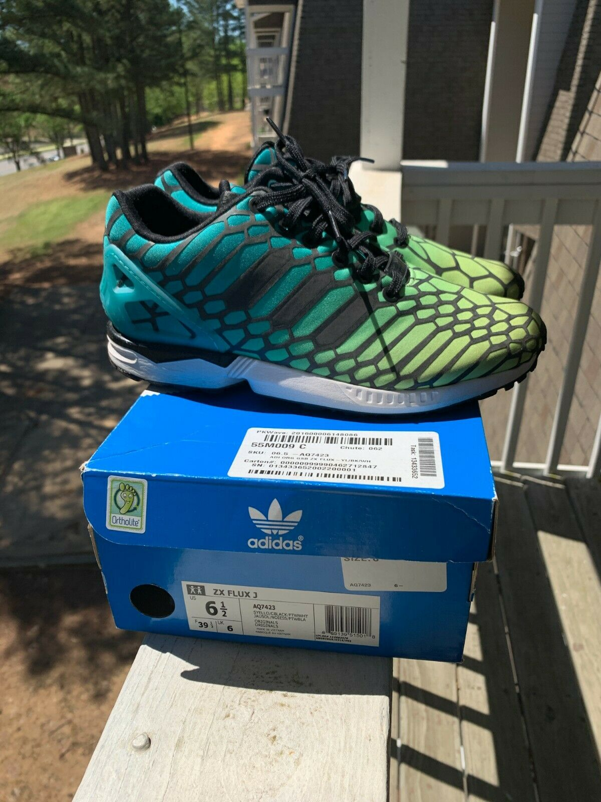cheap for discount b4afc ca463 Adidas ZX ZX ZX Flux J Size 6.5 Boys color bluee, Green ...