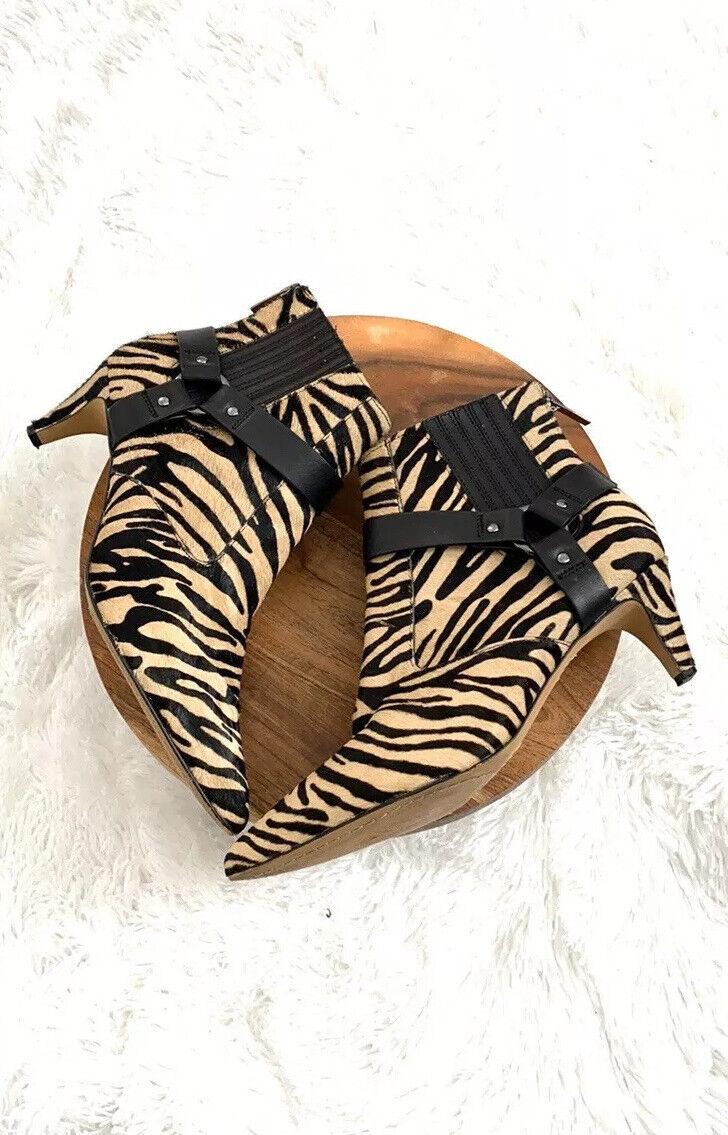 Vince Camuto Black Zebra Pattern Ankle Booties Bo… - image 3