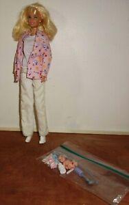 Mattel-Barbie-Happy-Family-Doctor-with-Babie-amp-Accessories-Midge-Baby