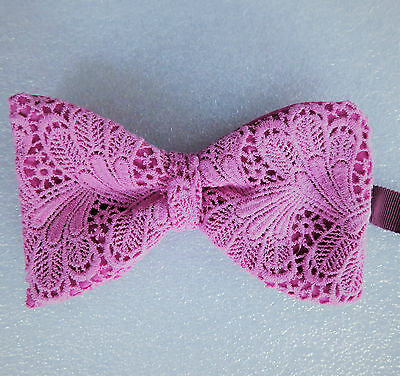 Vintage bow tie pink lace Large collar size 13 13.5 14 14.5 15 15.5 16 16.5 17