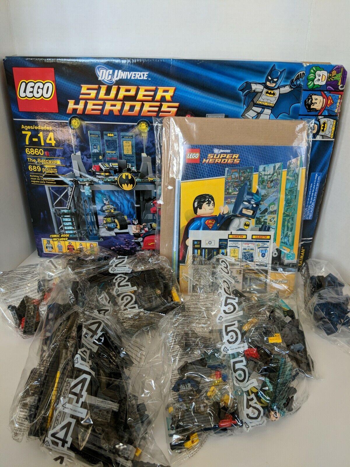 2012 Lego Dc Universe Super Heroes Batman 6860 la Baticueva Nueva En Caja Comic Minifig