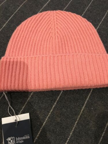 Johnstons Of Elgin Made In Scotland Hat Ribbed cashmere  RRP £59 Coral Peach