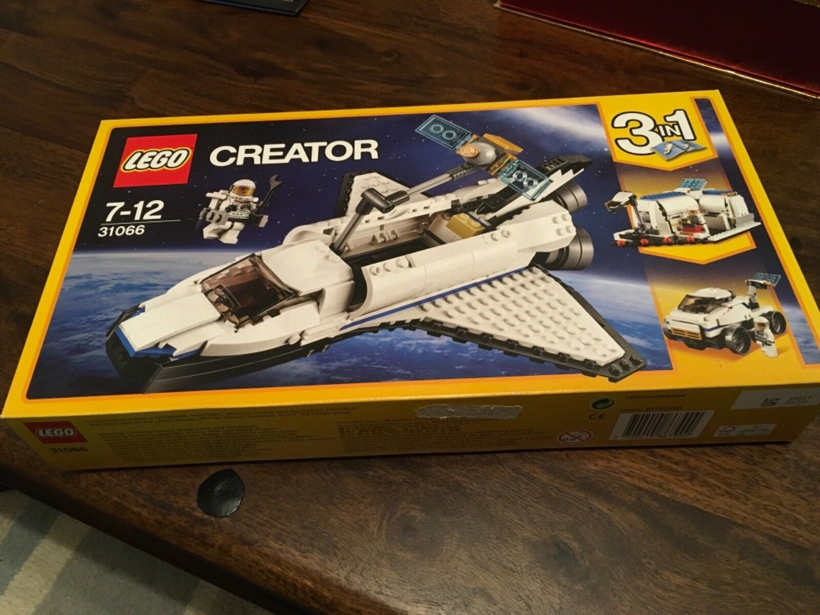 Lego Creator 31066 Space Shuttle.New and Sealed.