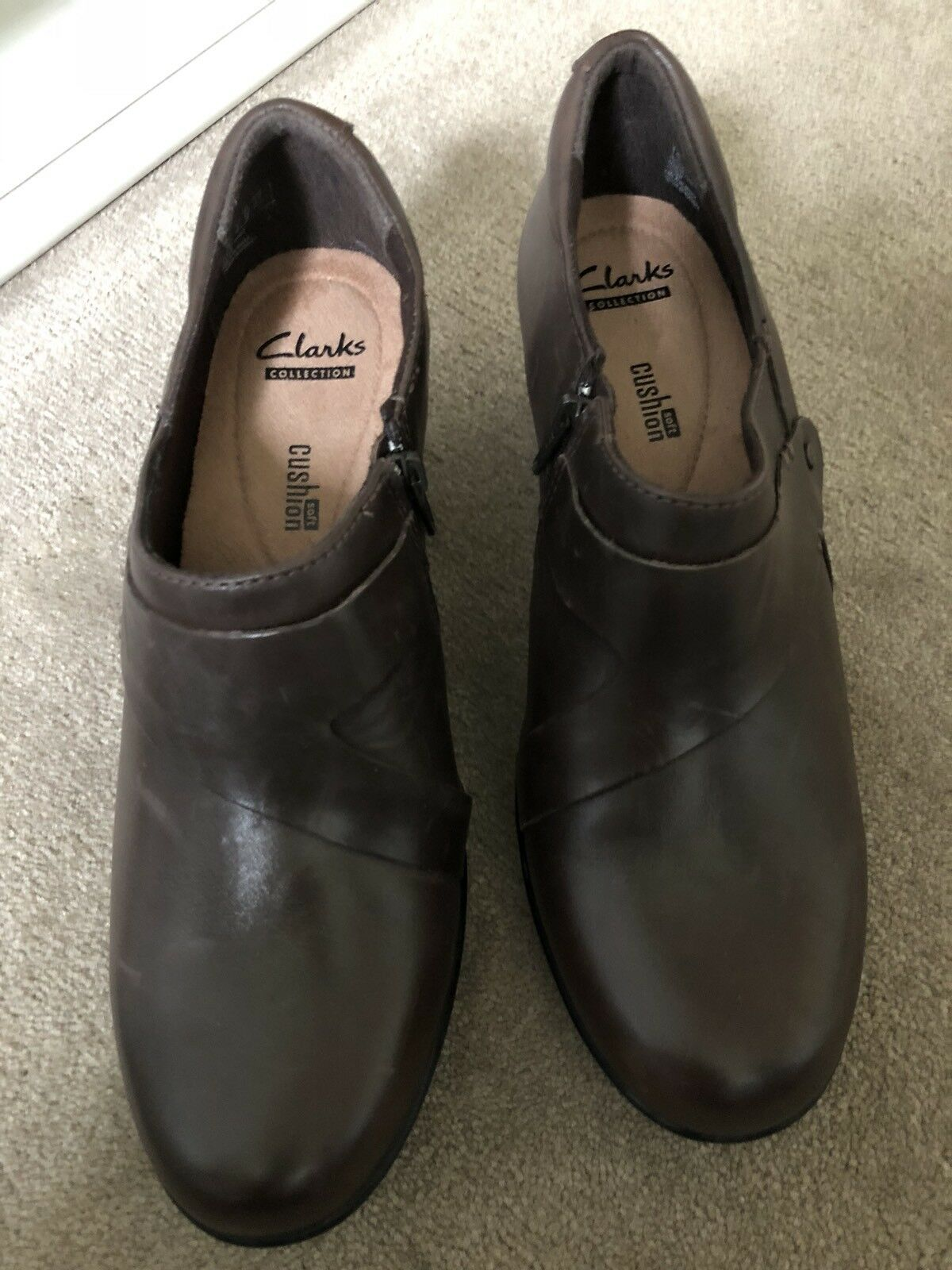 Clarks Clarks Clarks Damenschuhe Braun Leder Schuhes UK Größe 6.5 - Cushion Soft For Extra Comfort 8114cf