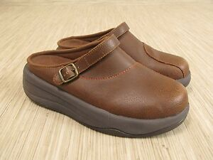 1fbb5fcf5c Simple Brown Leather Clogs Women s Size US 9.5 Mules Slide Loafer ...