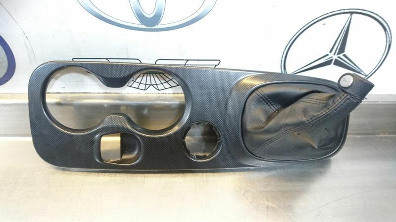 FIAT 500X 2015 CENTER CENTRE CONSOLE GEAR SURROUND TRIM CUP HOLDER 7356135320