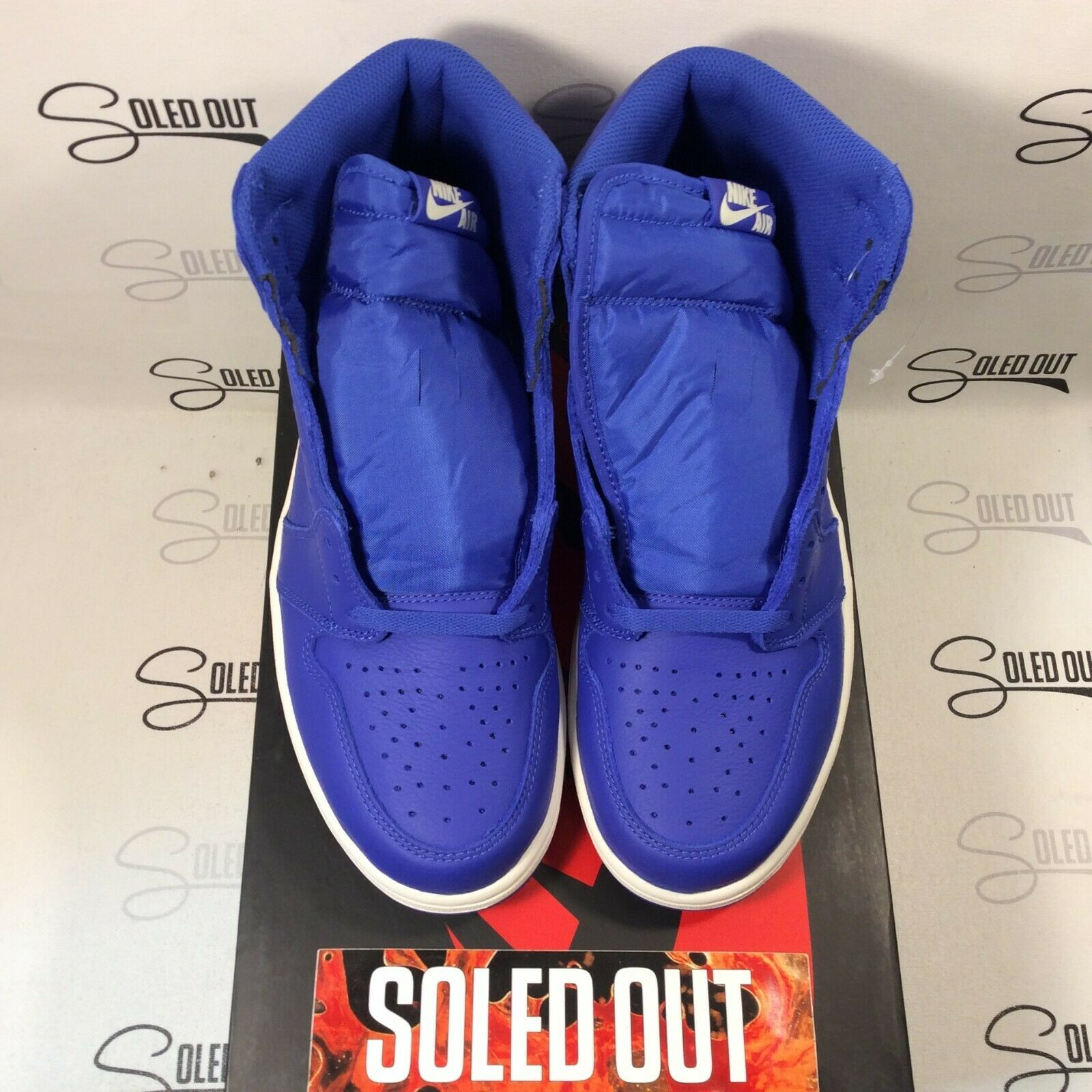 AIR JORDAN 1 RETRO HIGH OG  HYPER ROYAL  2018- ITEM NUMBER 3157-58