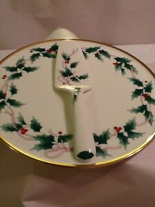 MIKASA-Japan-Ribbon-Holly-Christmas-cake-plate-and-server-w-gold-trimmed