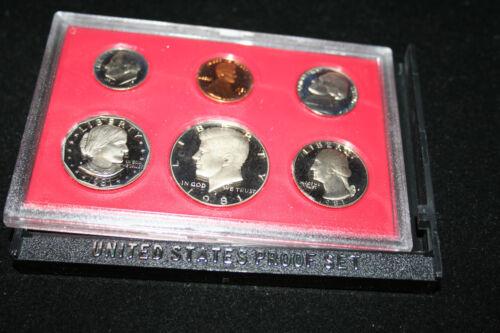 1981 US Mint Proof Set SBA Dollar Kennedy Half Dollar BU Gem Free Shipping 67000