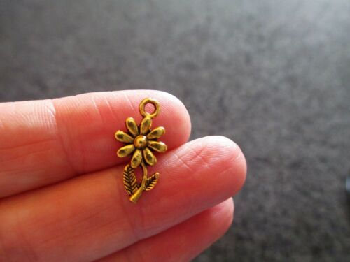 Pack of 10 Antique Gold Tone Daisy Flower Charms Stem Leaves 19mm x 10mm