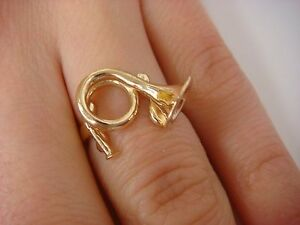 !UNIQUE 14K YELLOW GOLD FRENCH HORN RING, 3.1 GRAMS, SIZE 5