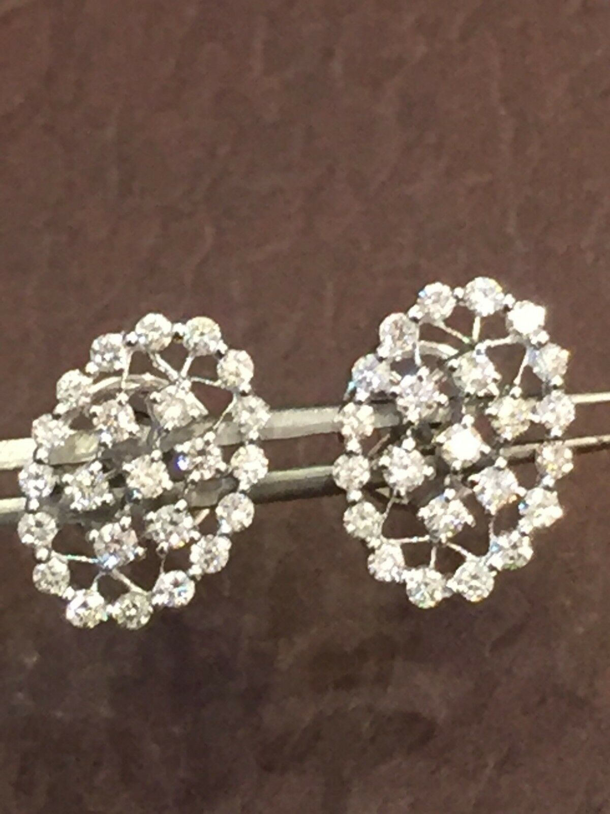 Classy 0.68 Cts Round Brilliant Cut Natural Diamonds Stud Earrings In 14K gold