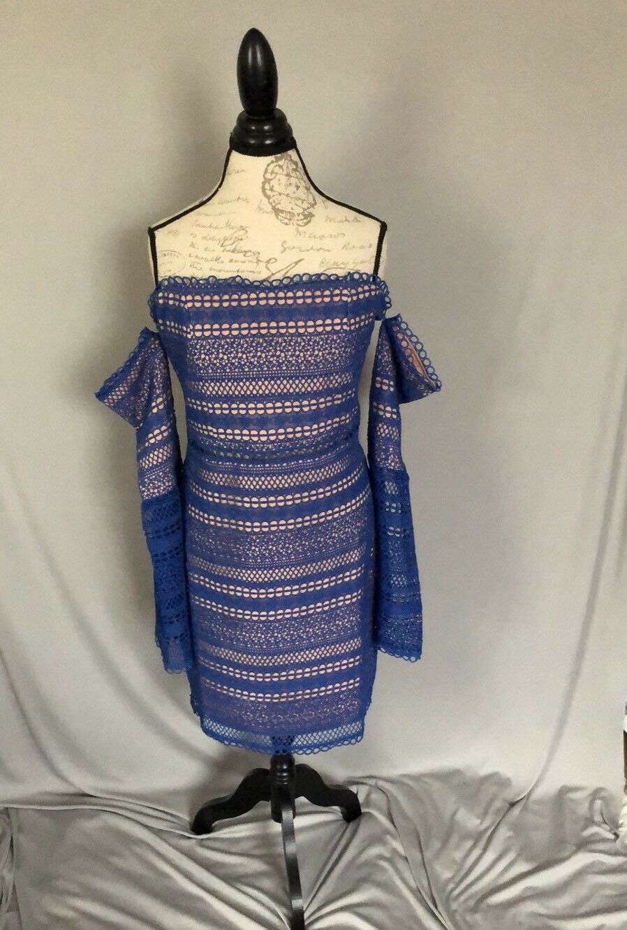 NWT Foxiedox bluee bluee bluee Catalina Off The Shoulder Eyelet Dress Size L MSRP  162 bd7bcb