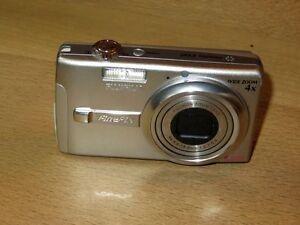 Fujifilm-FinePix-F-Series-F480-8-2-MP-Digital-Camara-Plateado