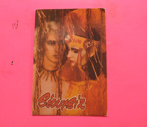 SIOUXSIE-amp-THE-BANSHEES-VINTAGE-POSTCARD-NOT-BUTTON-PIN-BADGE-CD-LP-UK-IMPORT