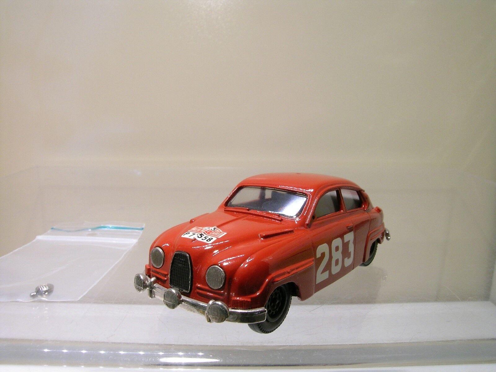 GRAND PRIX MODELS SAAB 96 RALLYE RMC 1963 CARLSSON rosso biancaMETAL HANDB. 1 43
