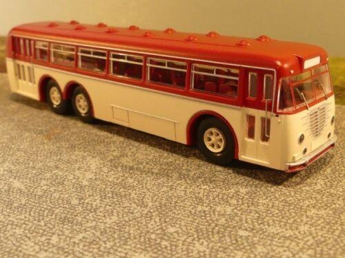 1//87 Brekina Büssing 12000 T Bus rubinrot//hellelfenbein 59421