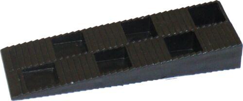 B=43 mm Montagekeile // Abstandskeile C=20 mm A=150 mm 100 ST