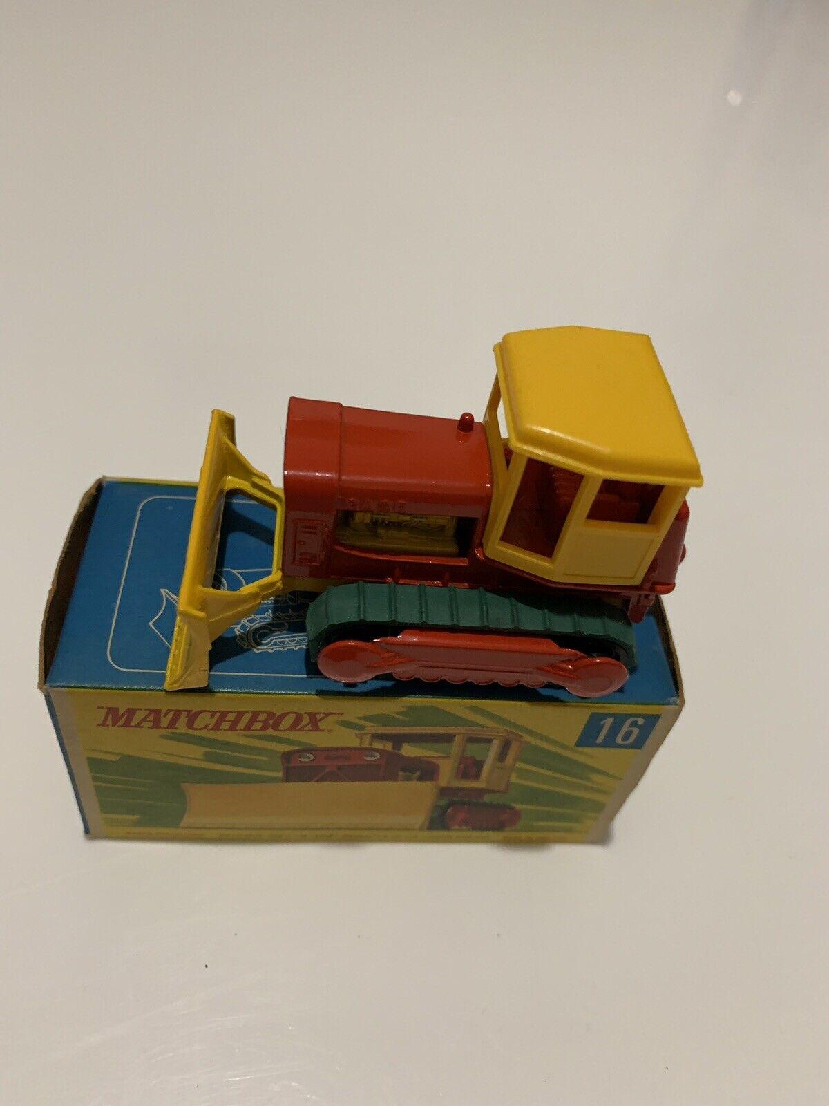 Matchbox Superfast N16 Case Tractor Bulldozer Mint