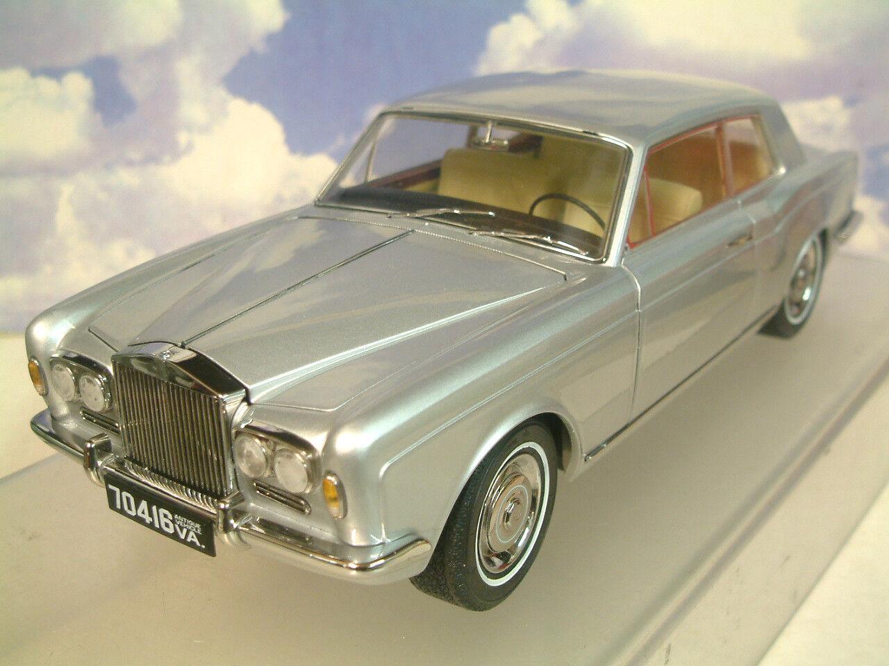 1 18 Paragon 1968 Rolls Royce plata Shadow mpw Lhd 2 Puertas Coupe Plata Cáliz