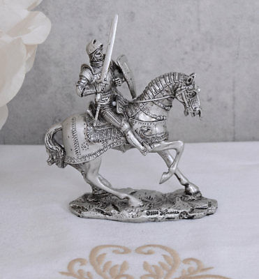 Efficiente Cavaliere Medioevo Cavaliere Personaggio Cavallo Cavaliere Degli Armamenti Stagno Personaggio Sammelfigur-mostra Il Titolo Originale