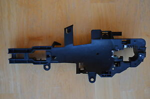 BMW-1-SERIES-E81-E82-E87-E88-Carrier-Outside-Door-Handle-Left-Part-7200935