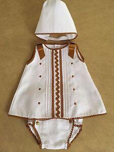 Nuevo Vestido de 3 piezas babylis oficial español Pantalón//Mameluco Sombrero Conjunto Blanco Camel 3-18 M