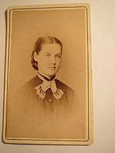 Friedberg-junge-Frau-Portrait-CDV