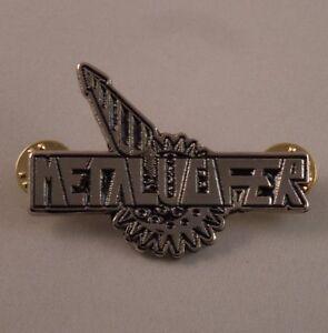 METALUCIFER-Band-Logo-Pin-Badge-R-I-P-Records-NEW