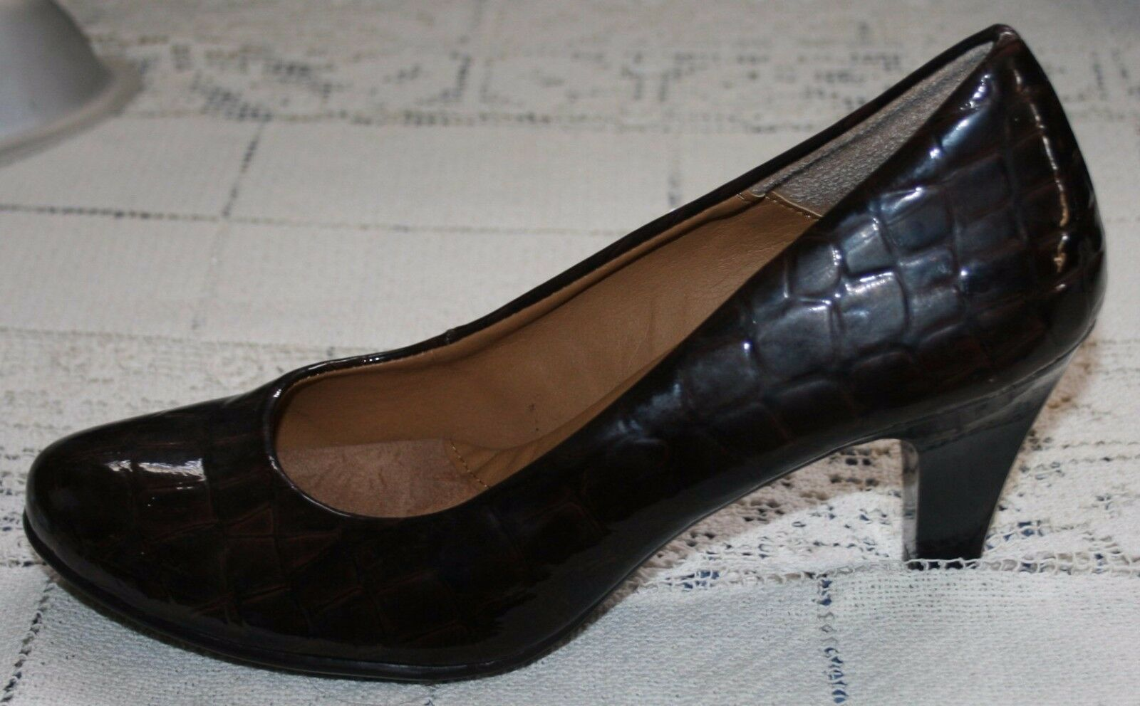 Womens Euro-Soft Sofft Heels Pumps Sz 7M 7 M Brown Faux Alligator Print