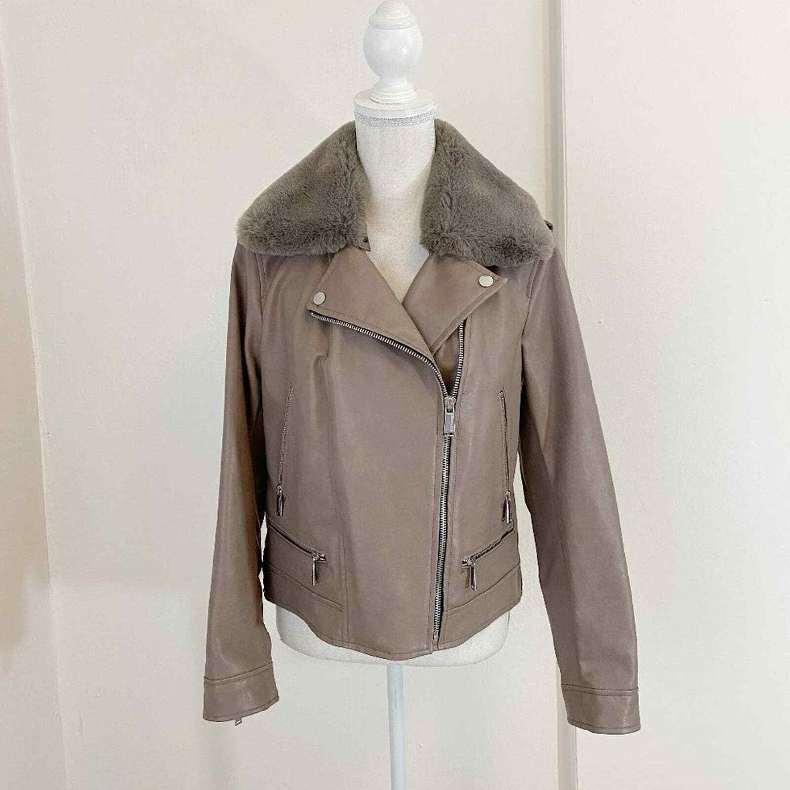 NWT BCBGeneration Women's Taupe Faux Leather Aviator Jacket Faux Fur Collar Sz M